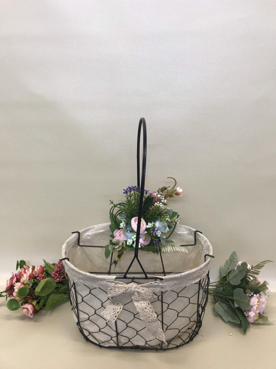 Giỏ lưới sắt màu đen cắm hoa vải tote viền ren - PLNK03