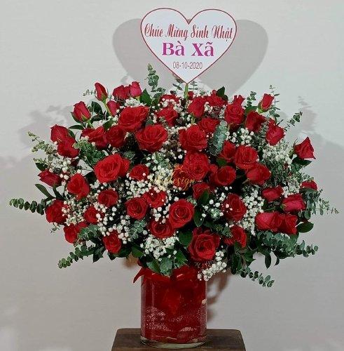 Bình hoa hồng đỏ chúc mừng sinh nhật vợ - LDNK71