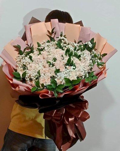 Bó hoa hồng kem nhẹ nhàng xinh xắn - LDNK23