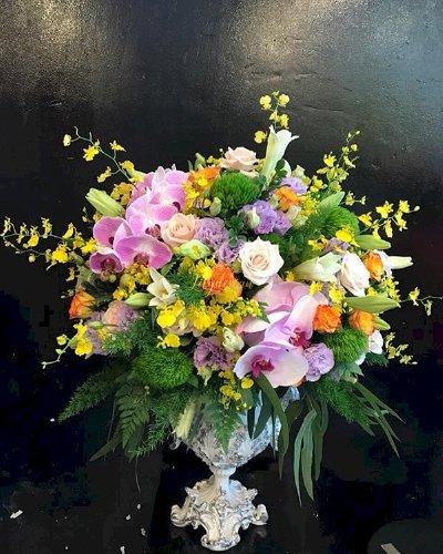 Bình hoa tươi chúc mừng để bàn - LDNK79