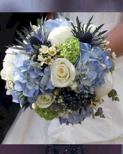 Bó hoa cầm tay cô dâu tone xanh trắng - LDNK224
