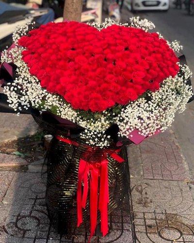 Bó hoa hồng hình trái tim khổng lồ - LDNK123