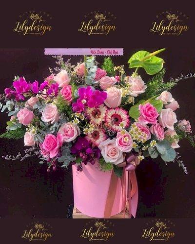 Giỏ hoa chúc mừng ngày 8/3 tone hồng - LDNK234