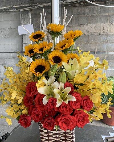Giỏ hoa chúc mừng nghỉ hưu - LDNK184