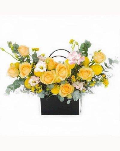 Giỏ hoa hồng vàng chúc mừng sinh nhật cô - LDNK237