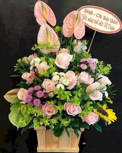 Giỏ hoa tươi chúc mừng sinh nhật đối tác - LDNK173