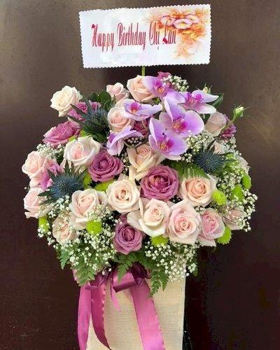 Hộp hoa Happy Birthday màu tím - LDNK151