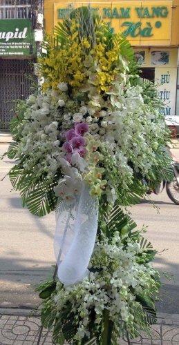 Kệ hoa chia buồn đám tang thành kính - LDNK241