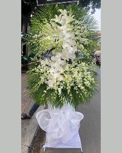Kệ hoa chia buồn hoa lan trắng đám tang - LDNK212