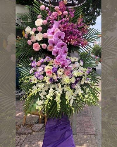 Kệ hoa tím viếng đám tang chia buồn - LDNK240