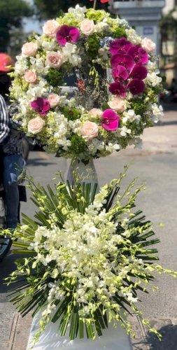 Vòng hoa chia buồn 2 tầng viếng đám tang - LDNK239