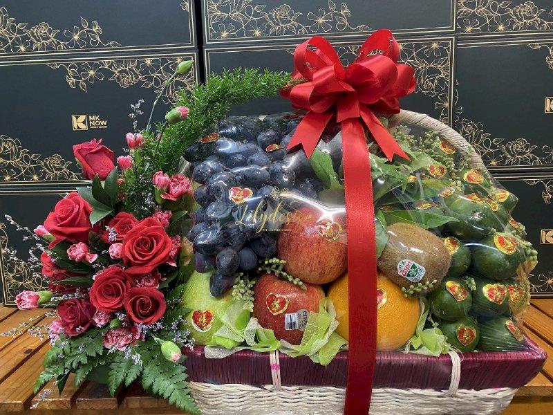 Hình ảnh lẵng hoa trái cây trầu cau đi hỏi cưới - DNNK05(1)