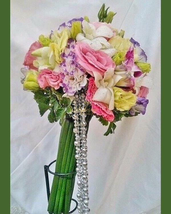 Bó hoa cầm tay cô dâu lộng lẫy - LDNK228